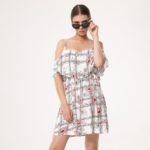 Sukienki z falbankami dla puszystych